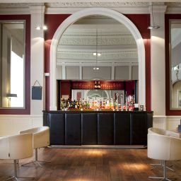 Bar Met PH Hotels