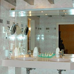 Bathroom Chateau de Coudree Chateaux et Hotels Collection Fotos