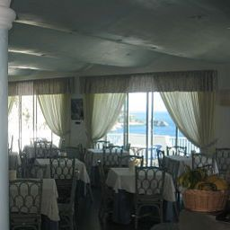 Breakfast room within restaurant Holiday