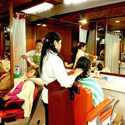 Beauty parlor Everest Hotel