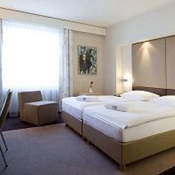 Chambre Estrel Hotel & Convention Center