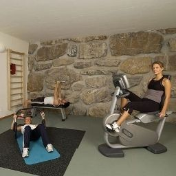 Fitness room Waldegg Fotos