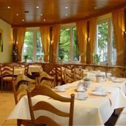 Breakfast room within restaurant Ruhr Hotel Essen