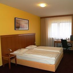 Room Hamburg Garni