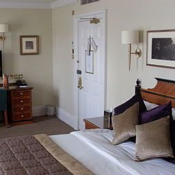 Room Hendon Hall