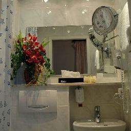 Bathroom Regent