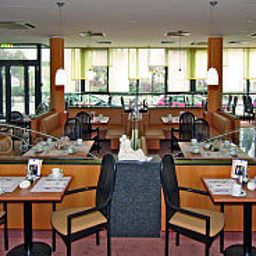 Breakfast room within restaurant Best Western Macrander