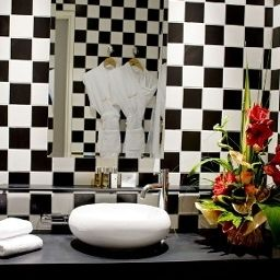 Bathroom Grand Tonic Hotel Biarritz Fotos