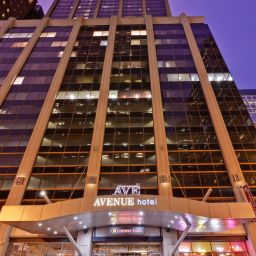 Фасад Crowne Plaza CHICAGO MAGNIFICENT MILE