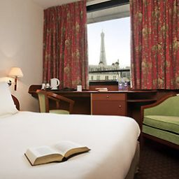 Room Mercure Paris Tour Eiffel Grenelle