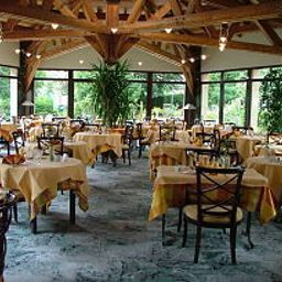 Breakfast room within restaurant Les Vallees Fotos