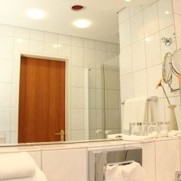 Bathroom Ascania
