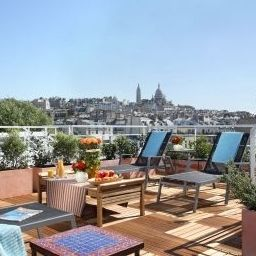 Terrace Citadines Montmartre Paris