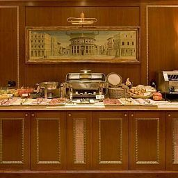 Buffet River Palace Hotel