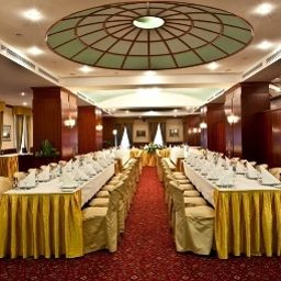 Banqueting hall Golden Ring Hotel