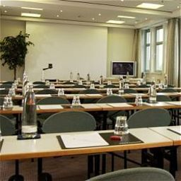 Sala congressi InterCityHotel am Ostbahnhof