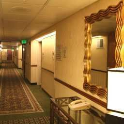 Hall Hampton Inn San Francisco Airport