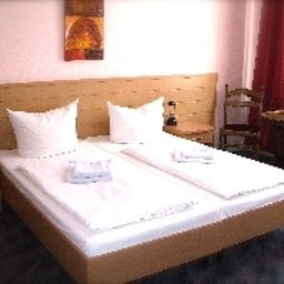 Chambre Messe Hotel Pension