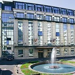 Ramada Majestic Bucharest Бухарест Sector 1