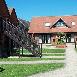 Macdonald Elmers Court Hotel & Resort Lymington Hampshire