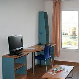 Pokój Sejours & Affaires Reims Clairmarais Apparthotel