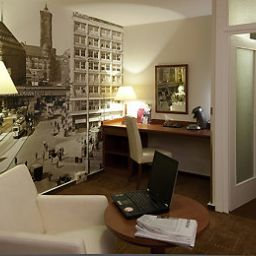 Suite Mercure Hotel Berlin am Alexanderplatz