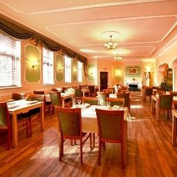 Breakfast room within restaurant Quality Coventry