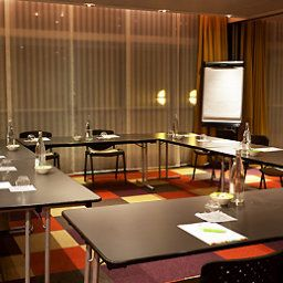Conference room ibis Styles Antibes