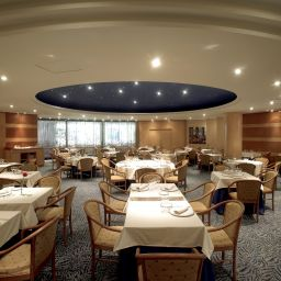 Breakfast room within restaurant HCC Montblanc