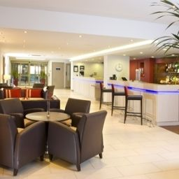 Bar JCT.25 Holiday Inn Express TAUNTON M5
