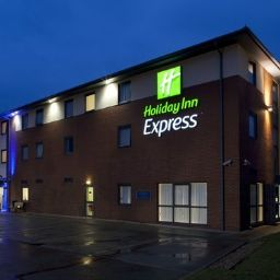Exterior view Holiday Inn Express BEDFORD