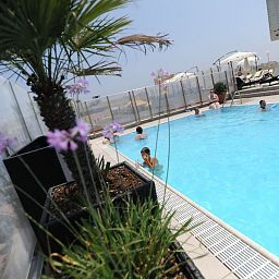 Piscine Plaza Regency