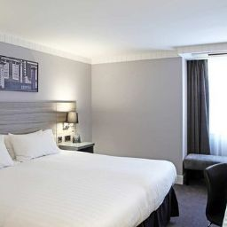 Номер DoubleTree by Hilton Bristol City Centre