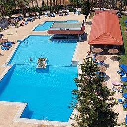 Piscina Cavo Maris Beach