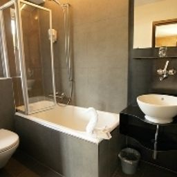 Bathroom feRUS hotel
