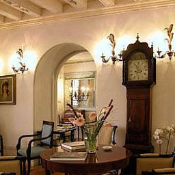 Vista all'interno Relais dell Orologio
