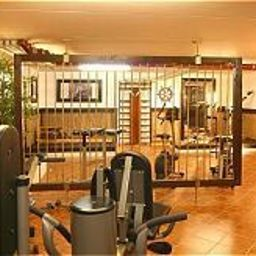 Wellness/fitness area Airporthotel-Regent