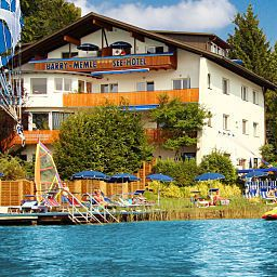 Barry Memle Direkt am See Velden