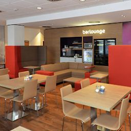 Breakfast room within restaurant ibis Darmstadt City