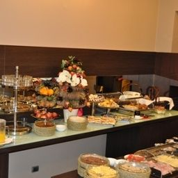 Buffet First Hotel Malpensa Airport