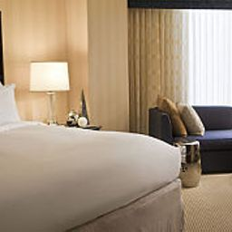 Room DoubleTree by Hilton Hotel Houston - Greenway Plaza