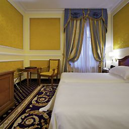 Chambre Grand Visconti Palace Milan
