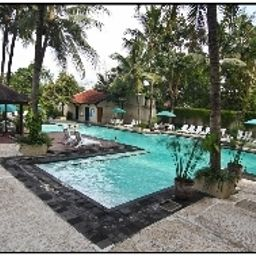 Pool Grand Quality  Yogya