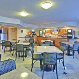 Restaurant Holiday Inn Express TORONTO-AIRPORT AREA/DIXIE RD