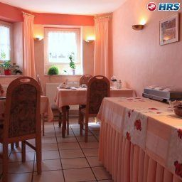 Breakfast room within restaurant Garni Kirchner Am Steinberg
