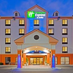 Фасад Holiday Inn Express Hotel & Suites MEADOWLANDS AREA