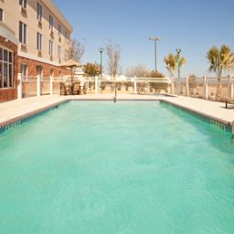 Piscina Holiday Inn Express Hotel & Suites EAGLE PASS