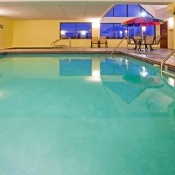 Pool Holiday Inn Express Hotel & Suites COON RAPIDS-BLAINE AREA