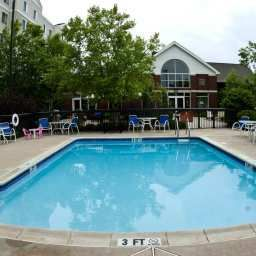 Piscina Homewood Suites Lansdale Fotos