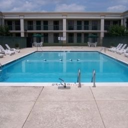 Pool BEST WESTERN Baltimore West